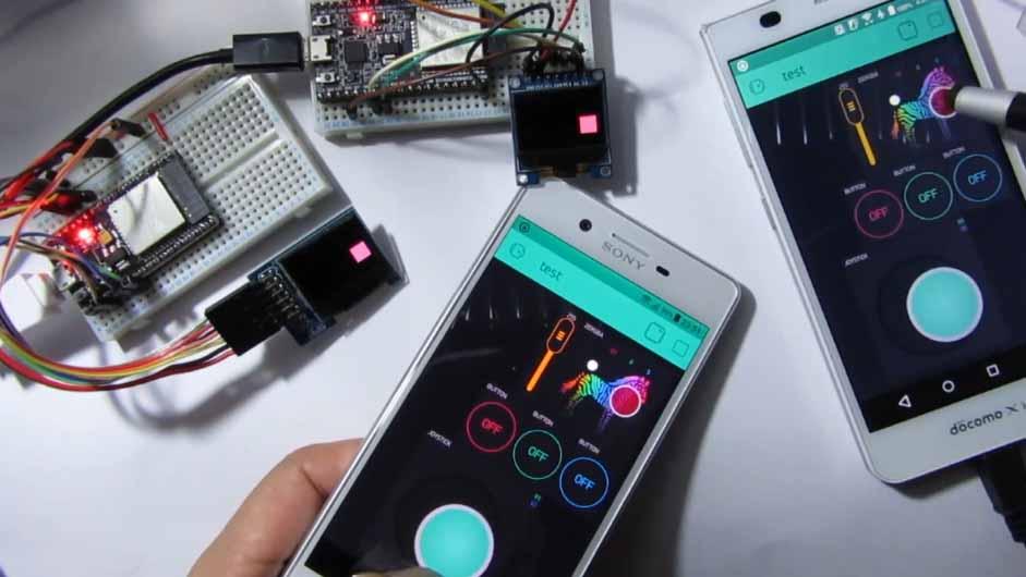 Blynk と ESP32 で カラー OLED SSD1331を2つ同時 リアルタイムコントロールしてみる